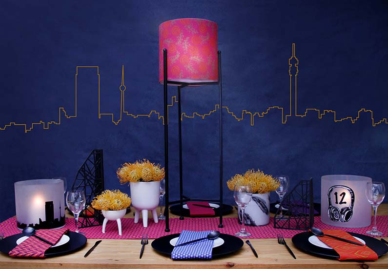 Customisable tall table-top lamps